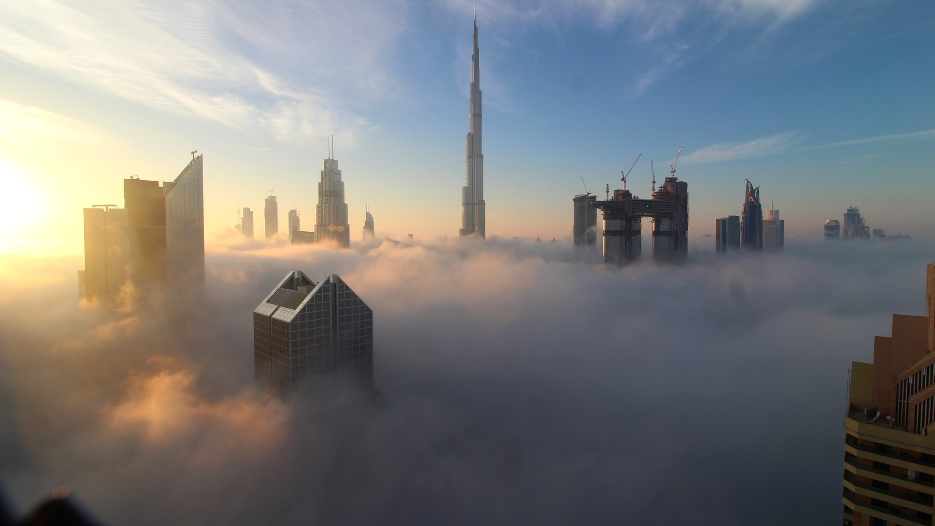 Fog Over Dubai From The Shangri-La Hotel Webcam